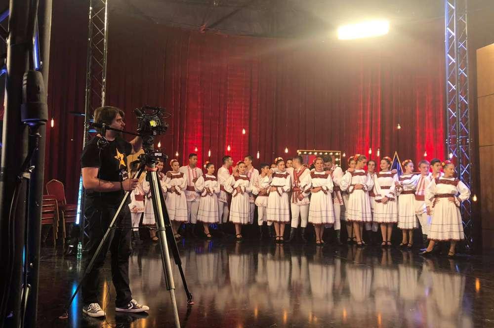 """Ansamblul Doina Bascovului, un nou succes naţional: de 4 ori DA la """"Românii au talent'"""