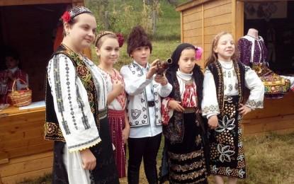 Trupa de teatru Buratino – Micii actori din Bascov, veritabili artisti ai scenei